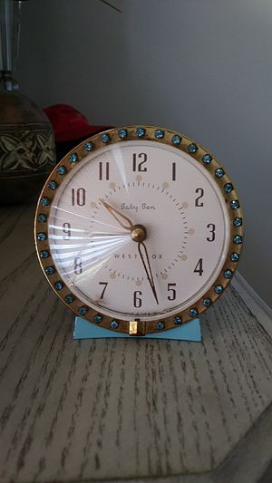 Vintage shabby turquoise blue Baby Ben wind-up clock. for Sale in Melbourne Village, FL