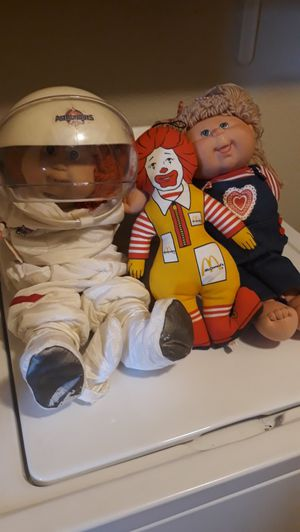 Vintage Cabbage Patch and Ronald McDonald dolls for Sale in Saginaw, TX