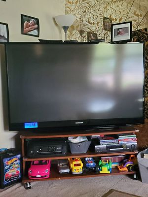 """60"""" samsung tv (Needs bulb, Easy fix) for Sale in North Chesterfield, VA"""
