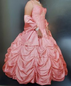 Quinceanera Dress/Sweet Sixteen DressVestido de Quince for Sale in Miami,  FL