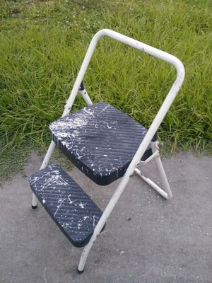 Folding step ladder for Sale in Fort Myers, FL