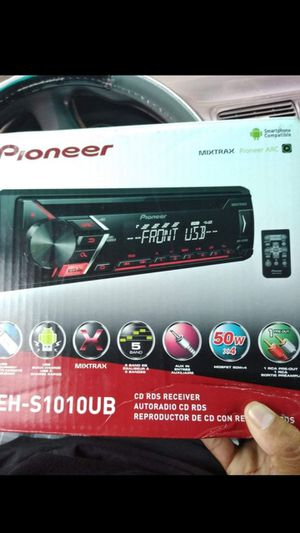Pioneer car stereo with remote control USB AUX cd brand new in the box for Sale in Pico Rivera, CA