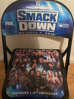 WWE Smackdown 20th Anniversary Ringside Chair for Sale in Los Angeles,  CA