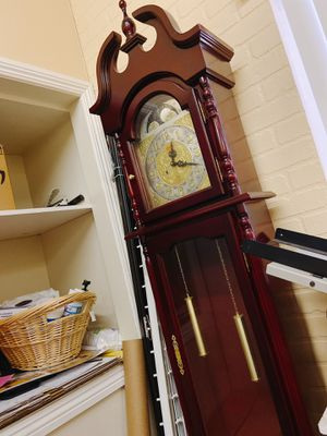 Grandfather clock for Sale in Anaheim, CA