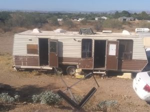 **TRAVEL TRAILER** NEEDS TO BE REMODELED COMPLETELY for Sale in Phoenix, AZ