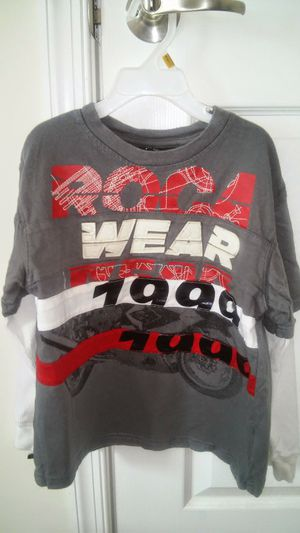Boys size 7 ™Rocawear boys long sleeve shirt for Sale in Falls Church, VA