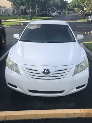 Toyota Camry LE 2009 for Sale in Fort Lauderdale, FL