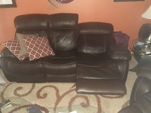 Mor Furniture Electric Reclining Leather Couch for Sale in Palm Springs, CA