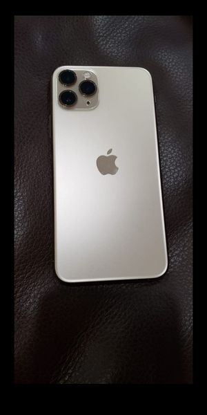 iPhone 11pro max for Sale in Los Angeles, CA