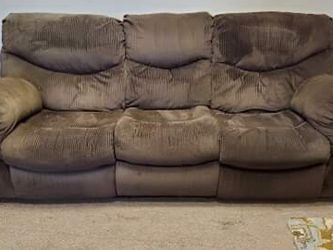 Brown Recliner Couch for Sale in Denver,  CO