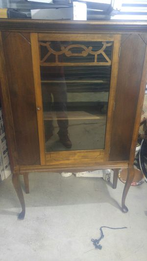 1940s China cabinet for Sale in Wakefield, MA