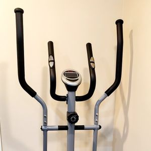 New Elliptical Workout Machine for Sale in Redmond, WA
