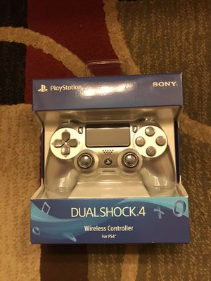 PS4 DUALSHOCK 4 Wireless Controller for Sale in Industry, CA