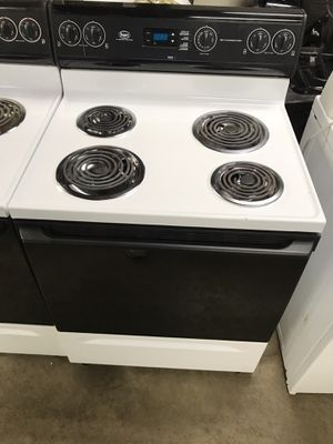 Roper Electric Stove for Sale in Pittsburgh, PA