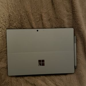 Microsoft Surface Pro 7 (Keyboard + Pen Included) for Sale in Athens, GA