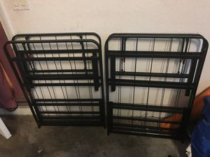 Bed frame full size for Sale in Riverview, FL