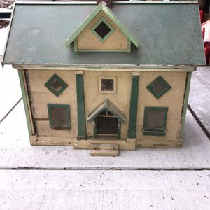 Antique Doll House for Sale in Wheaton, IL