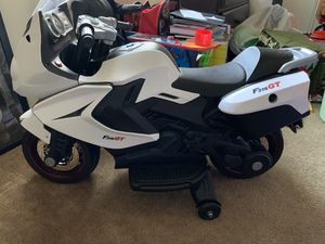 Power Motorcycle (white & black kids motorcycle) for Sale in Alhambra, CA