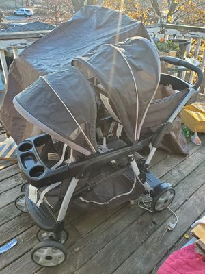 Graco double stroller for Sale in Chicago, IL