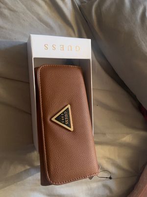 Guess wallet for Sale in Lynwood, CA