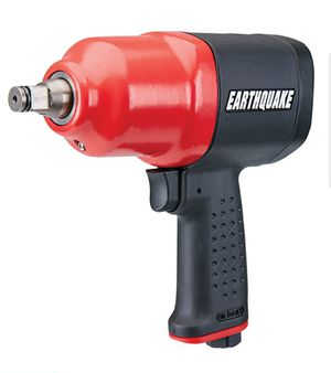 BRAND NEW 950 FT LBS Heavy duty 1/2 in. Air Impact wrench with a composite body to reduce vibration gun for Sale in La Puente, CA