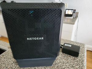 NetGear Nighthawk AC1900 (C700) DOCSIS 3.0 CABLE MODEM ROUTER for Sale in Lake Worth, FL