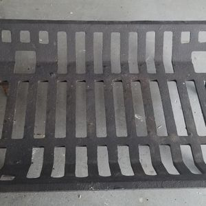Cast Iron Fireplace Grate. for Sale in Santa Maria, CA