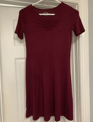 2 Girl dresses size 10/12 for Sale in Fontana, CA