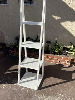 Ladder Shelf for Sale in Compton,  CA