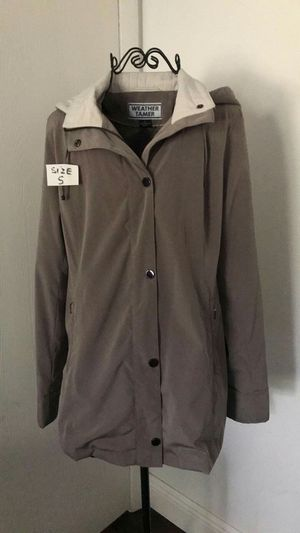 Coat for women size S for Sale in Orlando, FL