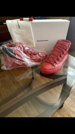 Balenciaga arena for Sale in Hawthorne, CA
