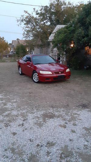 Honda accord coupe 2002 automatic for Sale in Dallas, TX