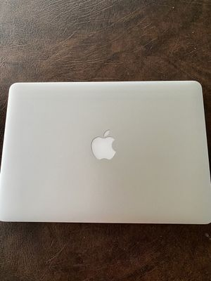 MacBook Pro 11 for Sale in Fort Myers, FL