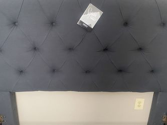AshleyBrigid Upholstered Bed , Queen Size for Sale in Blacklick,  OH