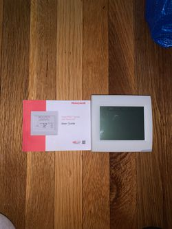 Honeywell Thermostat for Sale in Old Bridge Township,  NJ
