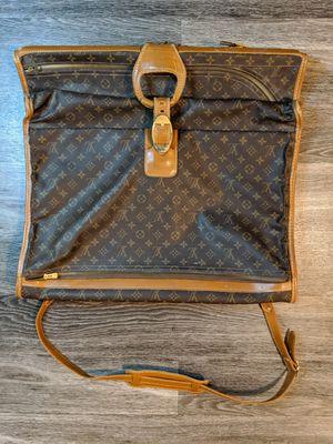 Vintage Louis Vuitton garment bag for Sale in Sacramento, CA