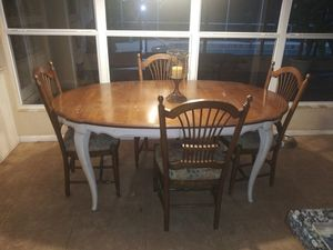 Nice Ethan Allen Kitchen country French table 4 chairs for Sale in Longwood, FL