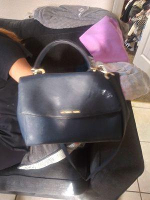 Michael kors purse in blue for Sale in San Bernardino, CA