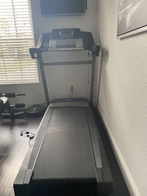 Treadmill Nordictrack C700 for Sale in Miramar, FL