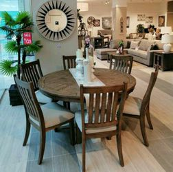 Grindleburg Light Brown/White Round Dining Room Set 📍 Table and Chairs for Sale in Round Rock,  TX