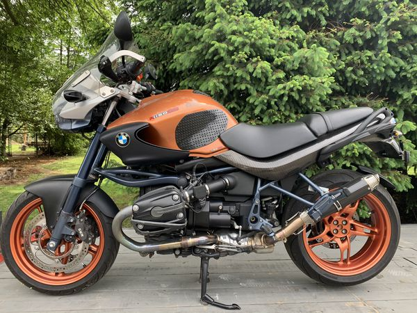 BMW motorcycle R1150R