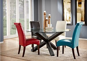 Glass dining table for Sale in Chicago, IL