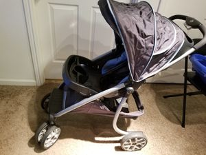 Baby stroller for Sale in Franklin, TN