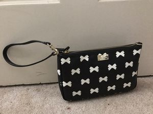 Authentic brand new Kate Spade wristlet for Sale in Annandale, VA