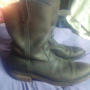 Red wings size 9. Paid over $200 for Sale in Nicholasville, KY