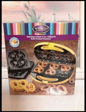 Children pretzel maker new in box for Sale in Brooklyn, NY