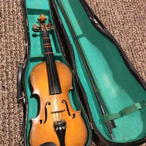 Antique Lark 1/2 Violin for Sale in Coram, NY