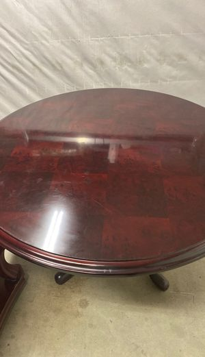 kitchen tables and chairs for Sale in Bakersfield, CA