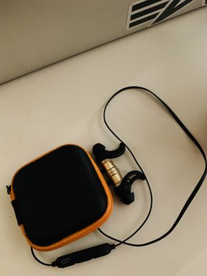 Wireless headphones with case for Sale in Tucson, AZ