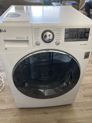 LG Compact WM3488HW All-in-One Washer/Dryer for Sale in West Hollywood, CA
